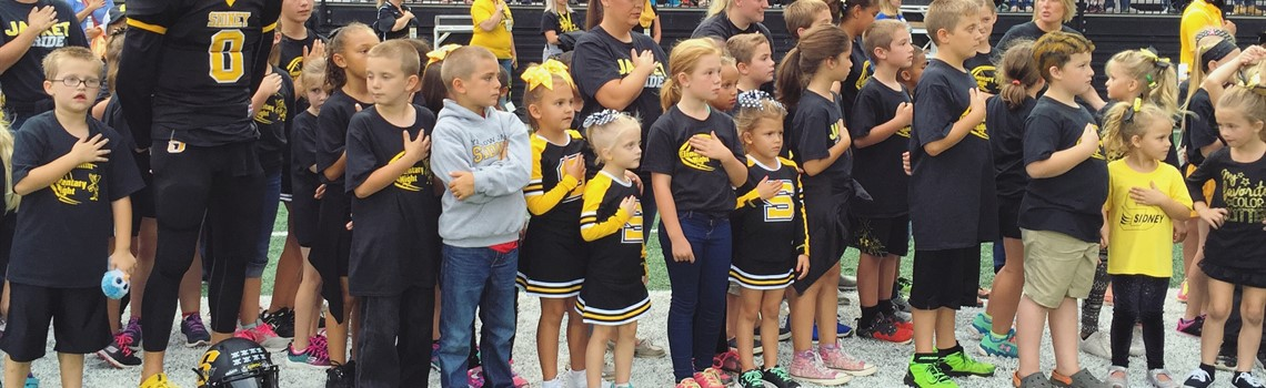 Experience Sidney City Schools - Elementary students show their pride at Elementary Night.
